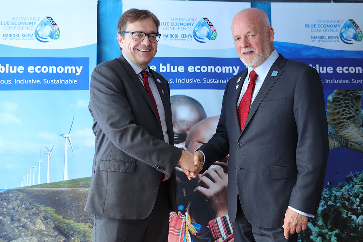 Minister of Fisheries and Oceans Canada, The Honourable Jonathan Wilkinson with Peter Thomson, Fiji's Permanent Representative to the United Nations